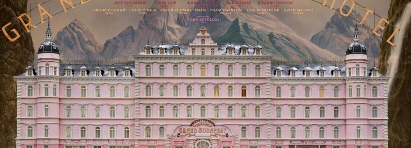 Grand Budapest Hotel. Un bel film tra dolci e birre.